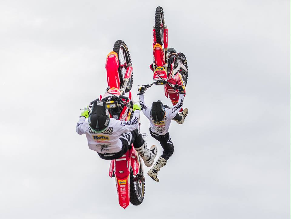 Showtime FMX Motorbikes 3